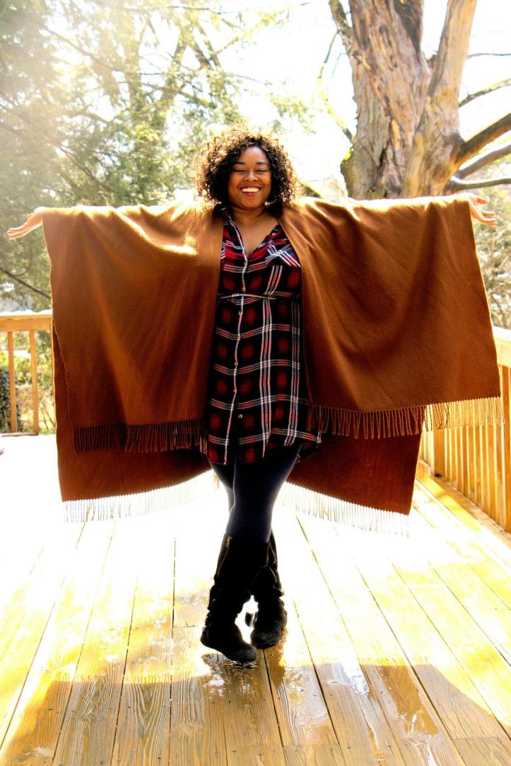 shay in brwn shawl